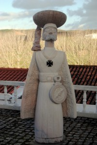 Statue des Ritters der Templer in Portugal
