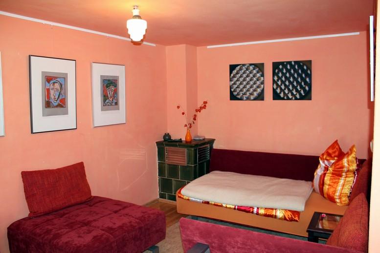 Kunsthaus Eigenregie - Oranges Zimmer